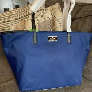 Authentic Kate Spade nylon/leather top zip tote❤️